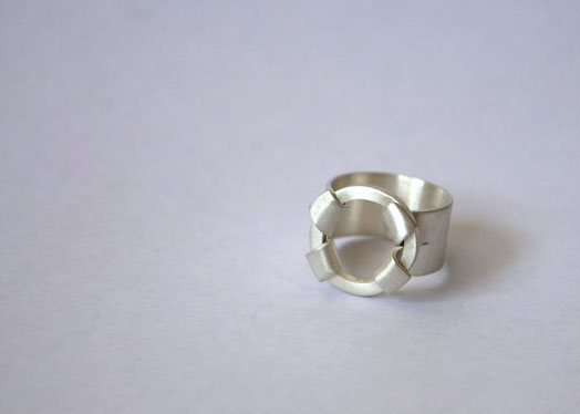 baumeister silver ring flower